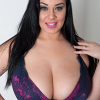 Anastasia Lux Busty Britain