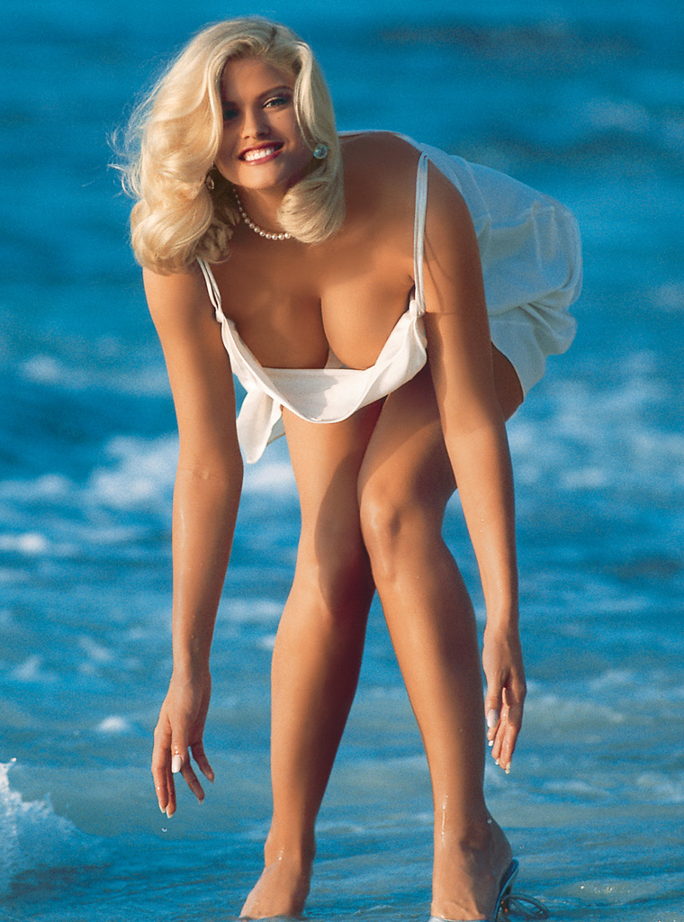 Remarkable, this Anna nicole smith hot naked boobs have