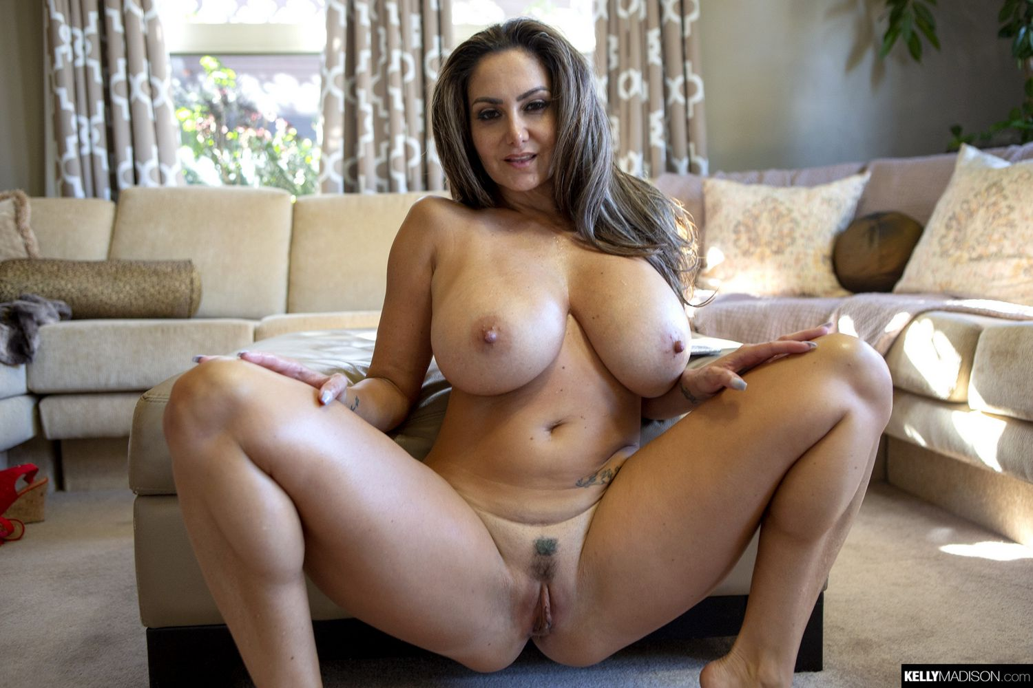 Ava Addams Big Tits MILF Kelly Madison - FoxHQ