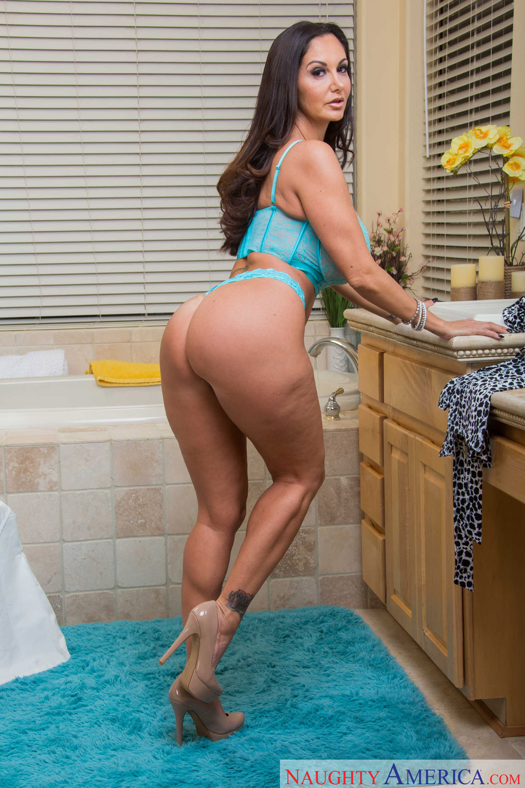 Ava addams hot mom