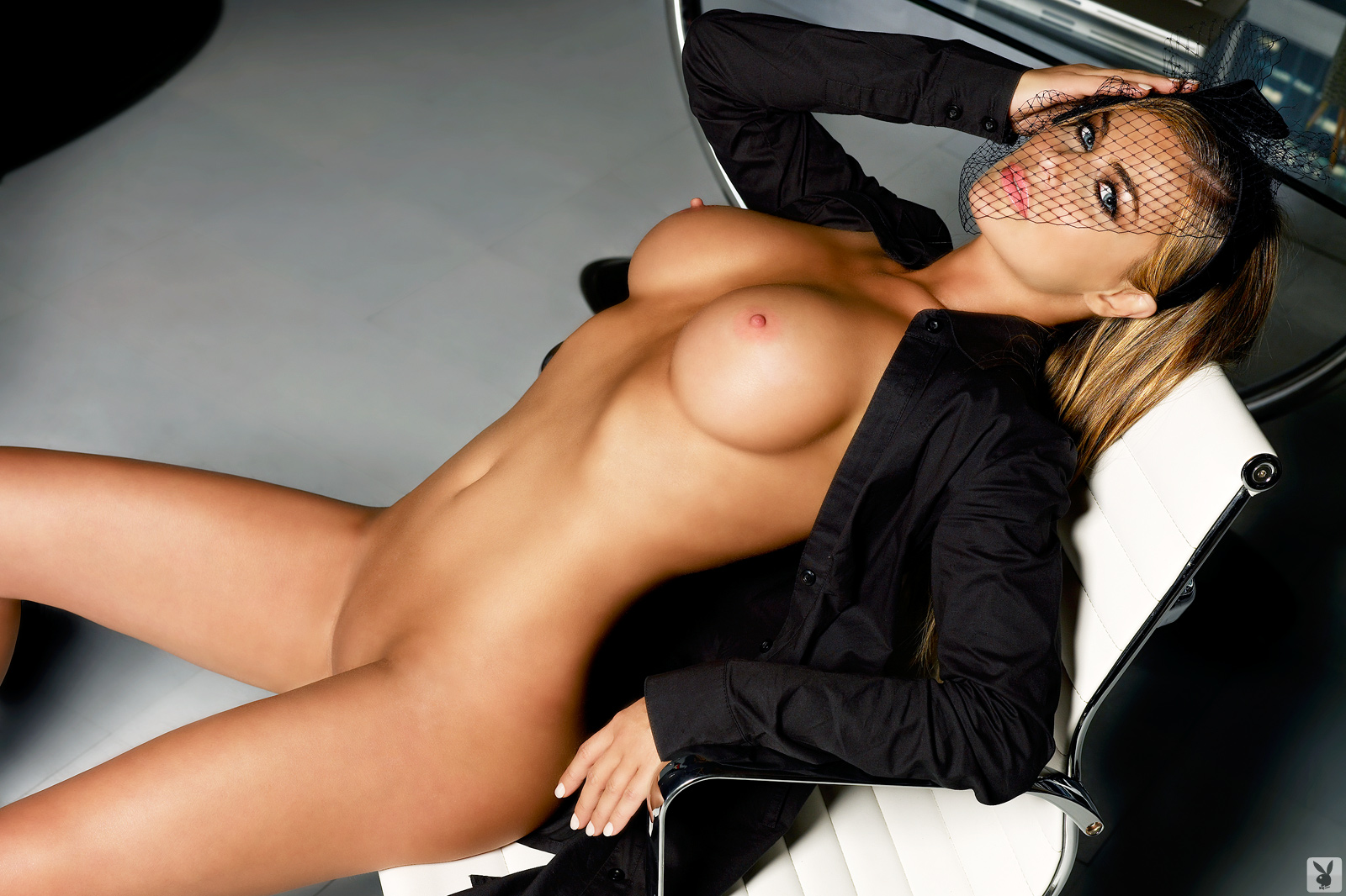 Nude carmen electra photos bad taste