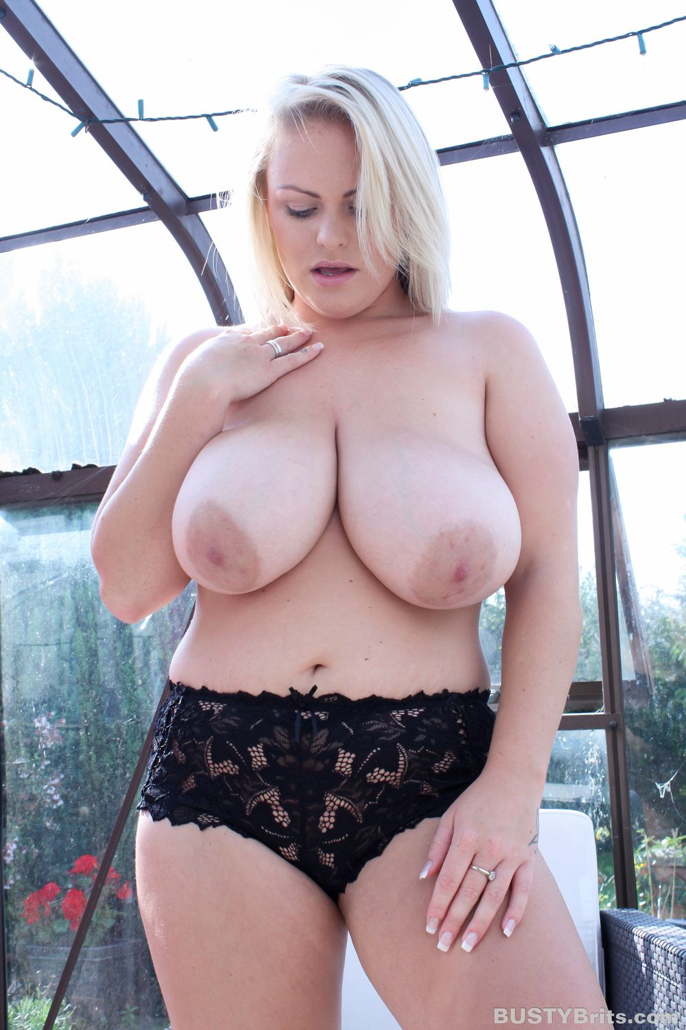 Witness The Awesome Natural Boobs Of The Delectable Charley Green