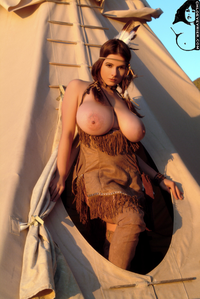 Apache women nude photos apologise, but