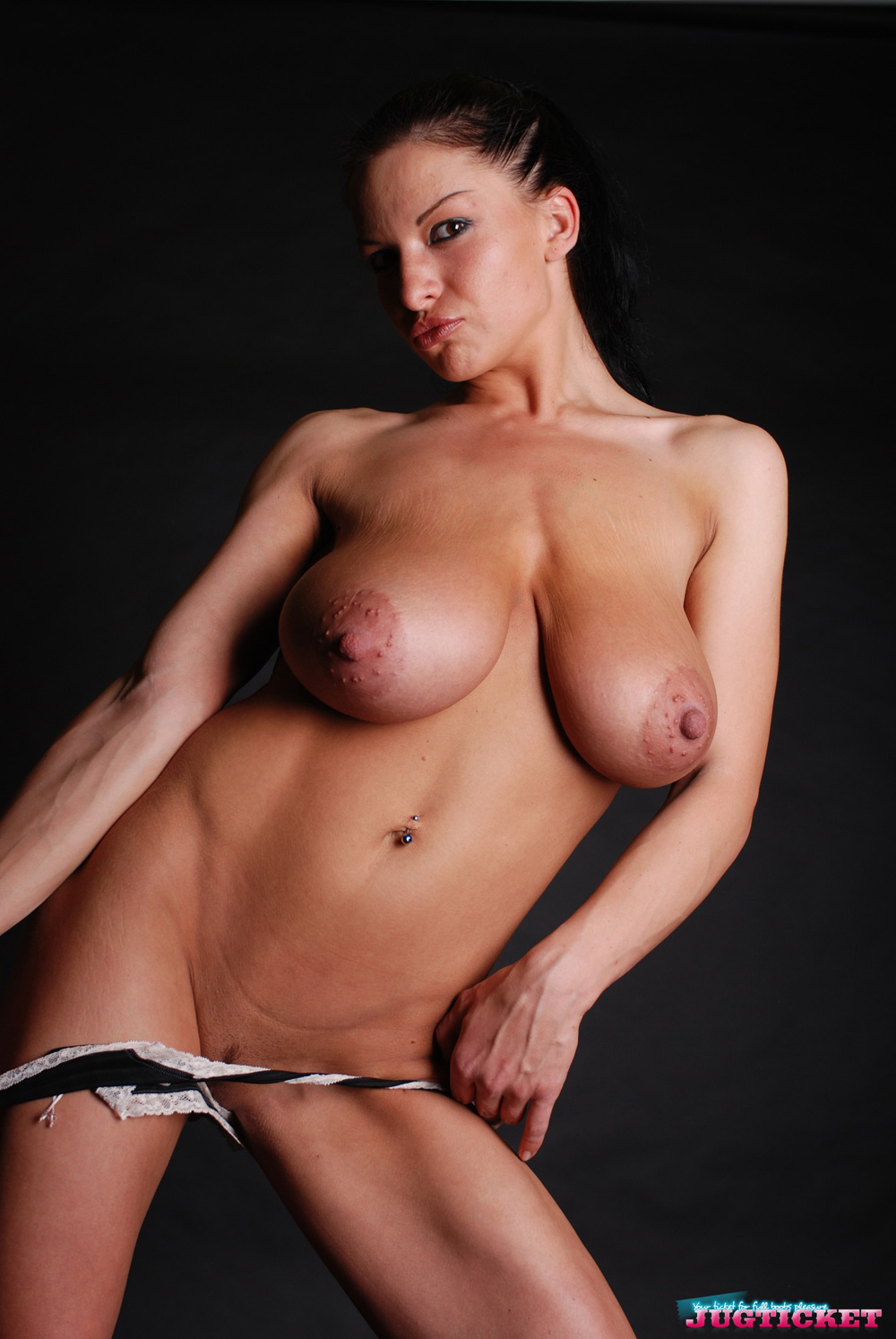 strip tease topless holzdildos