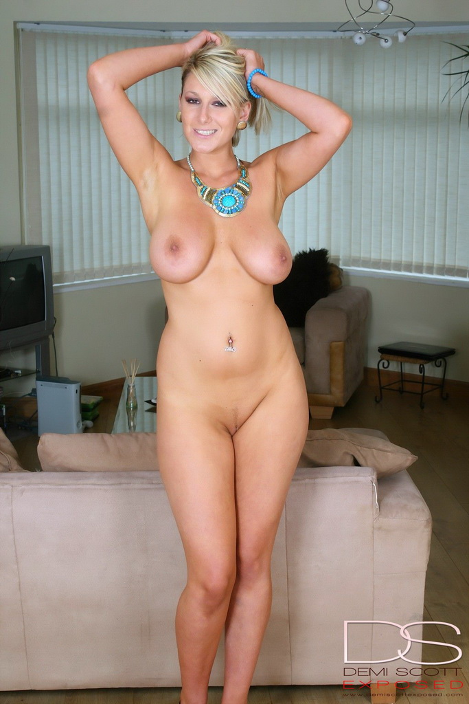 Natural breats milf