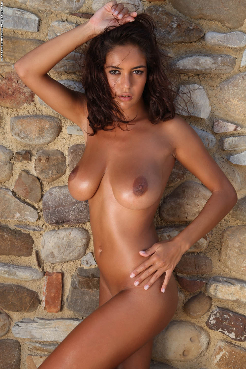 Beauty tanned sex gallery who enjoy