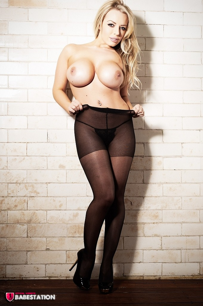 Hannah Claydon Black Silk Foxhq Xtapes 1