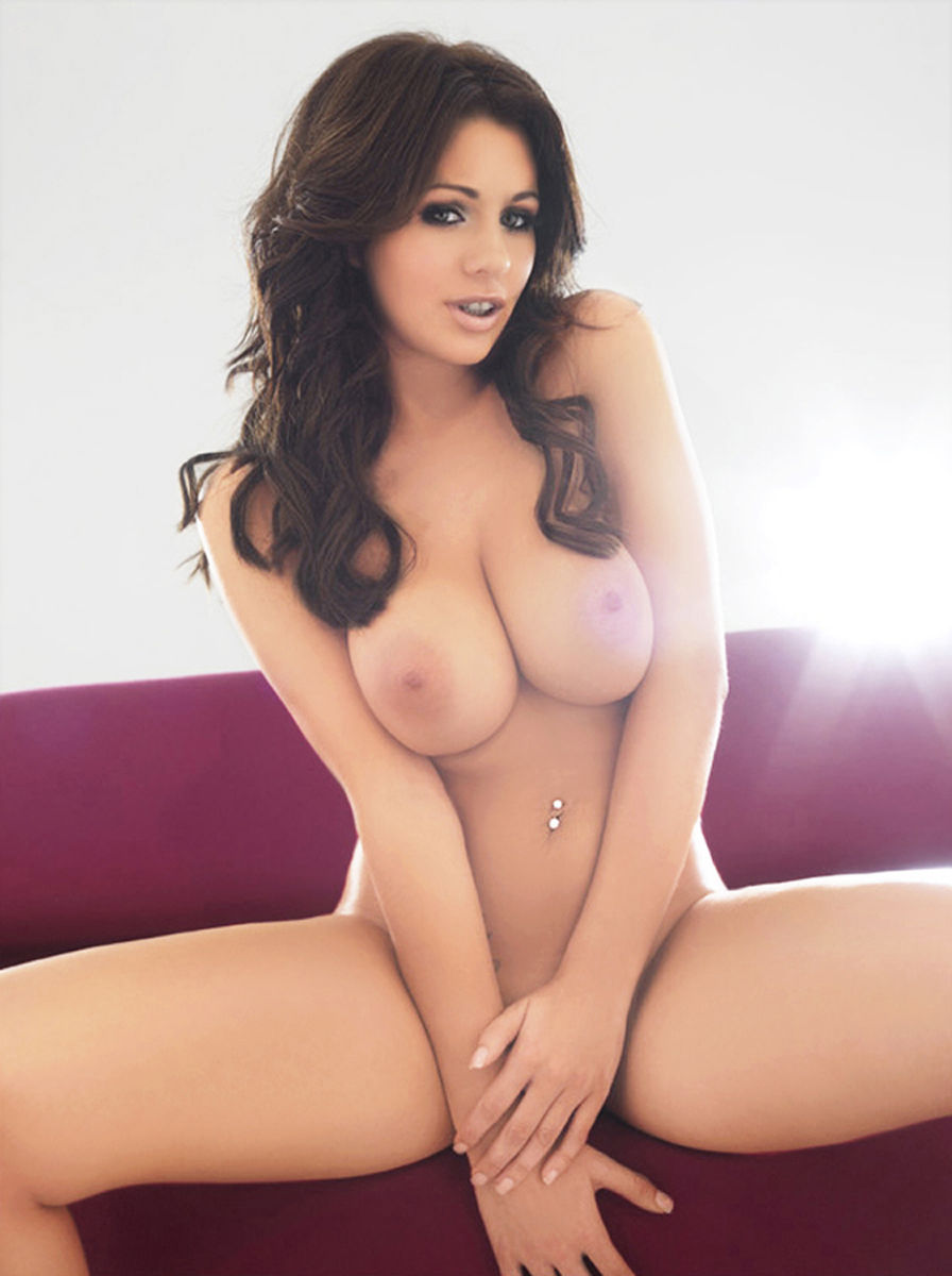 What holly peers nude naked