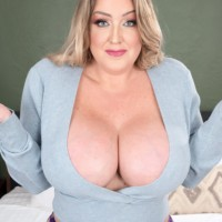 Holly Wood Scoreland