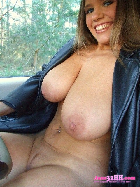 mom with hh tits exact