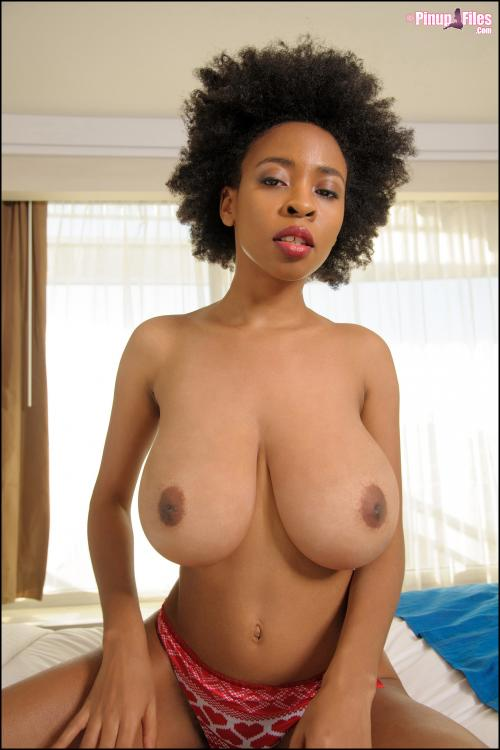 jack-off-nerdy-big-boobs-nude
