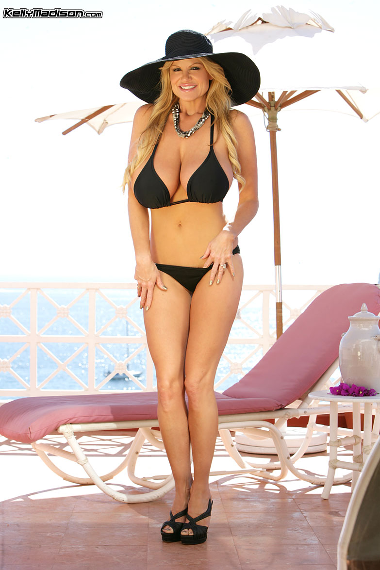 Kelly madison bikini