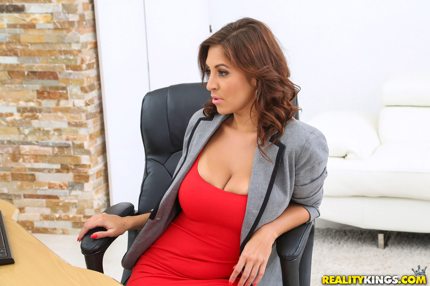 big-tits-boss videos, page 1 -