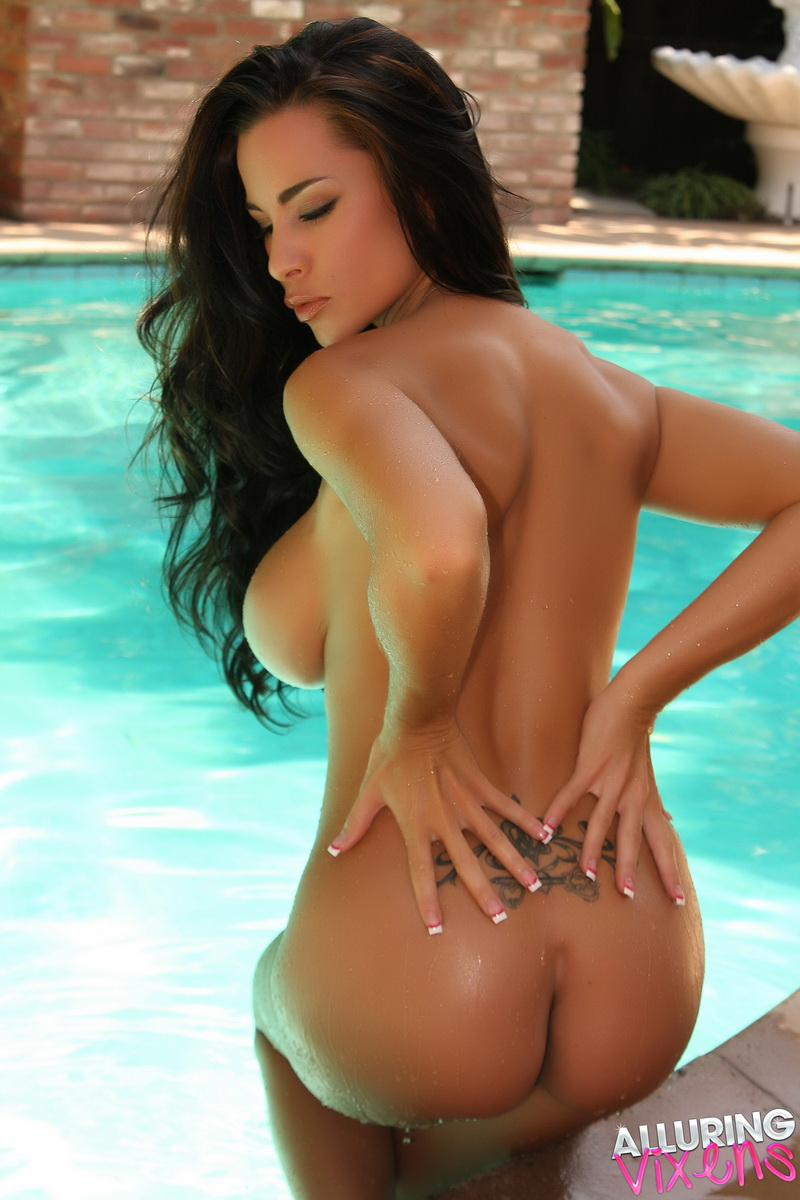 Laura Lee Naked Pool Party Alluring Vixen - Foxhq-3079