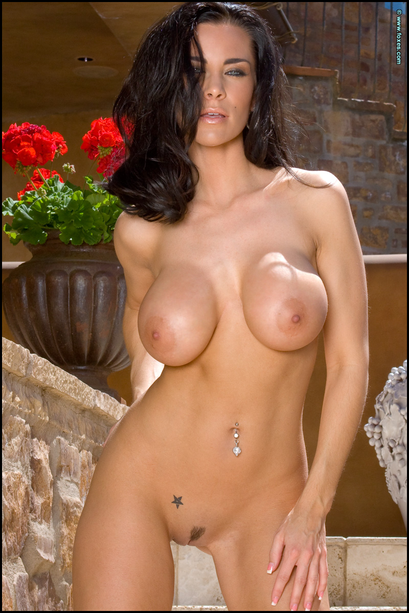 FoxHQ - Laura Lee Red Hot: http://www.foxhq.com/laura-lee-red-hot/