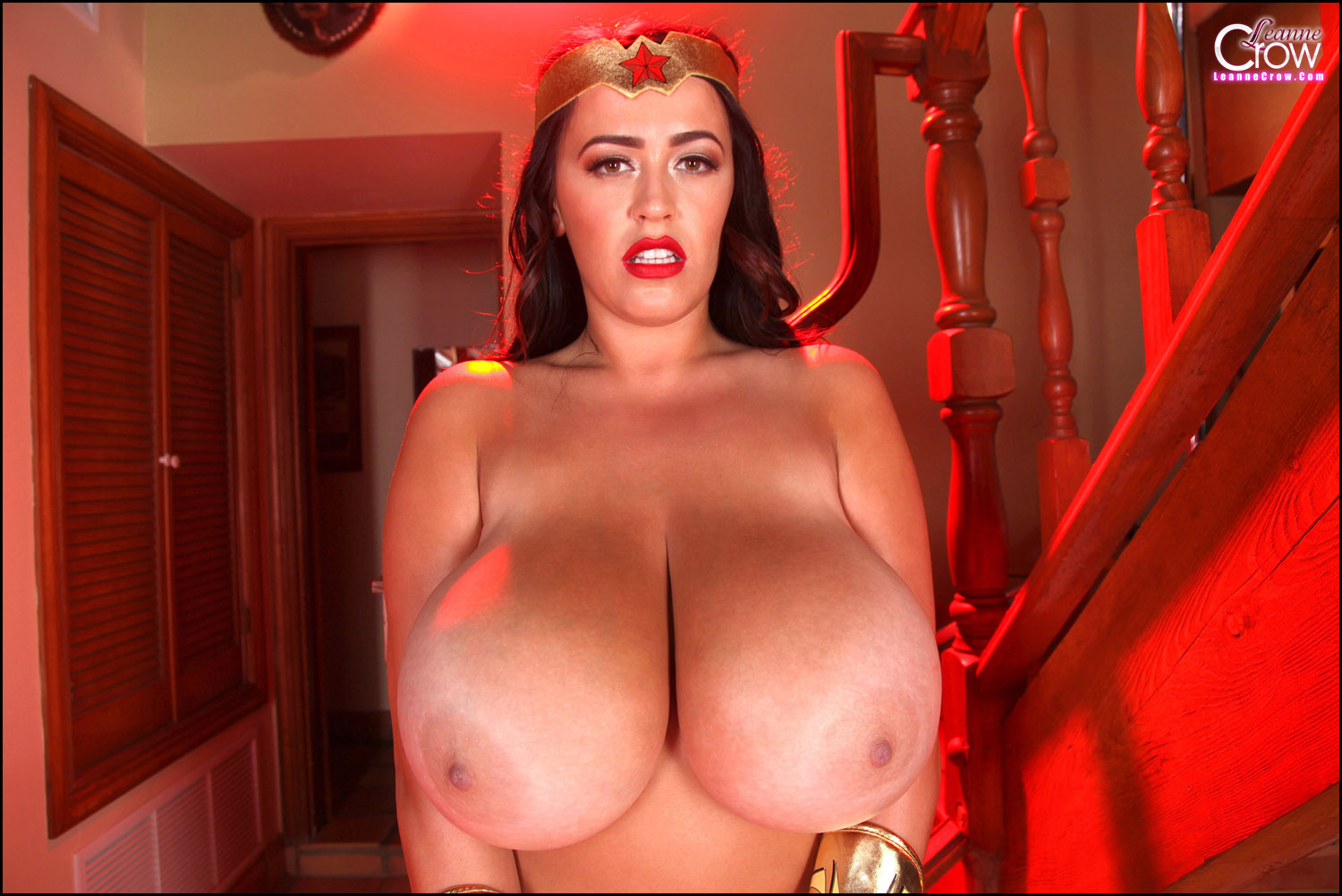 Wonder woman big tits nude pics naked online pussies