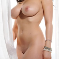 Lindsey Strutt This Is Glamour