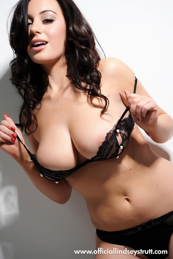 Busty Brunette Girl Lindsey Strutt Taking Out Big Boobs And Sexily Shaking Them