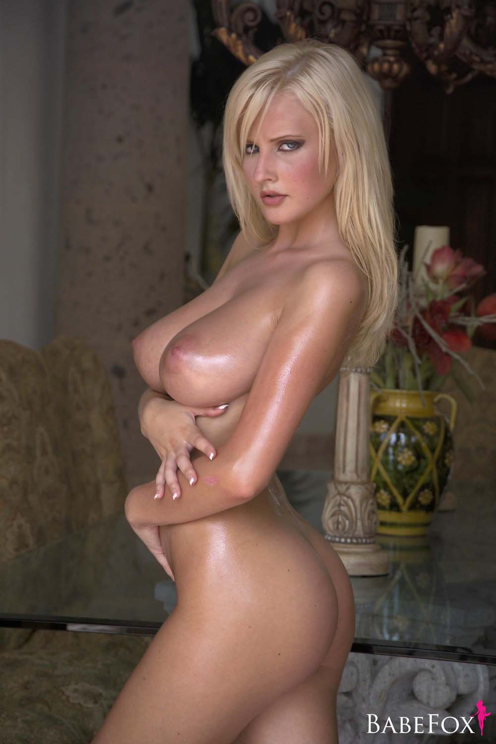 women-with-michelle-marsh-nude-videos-insertion-amateur