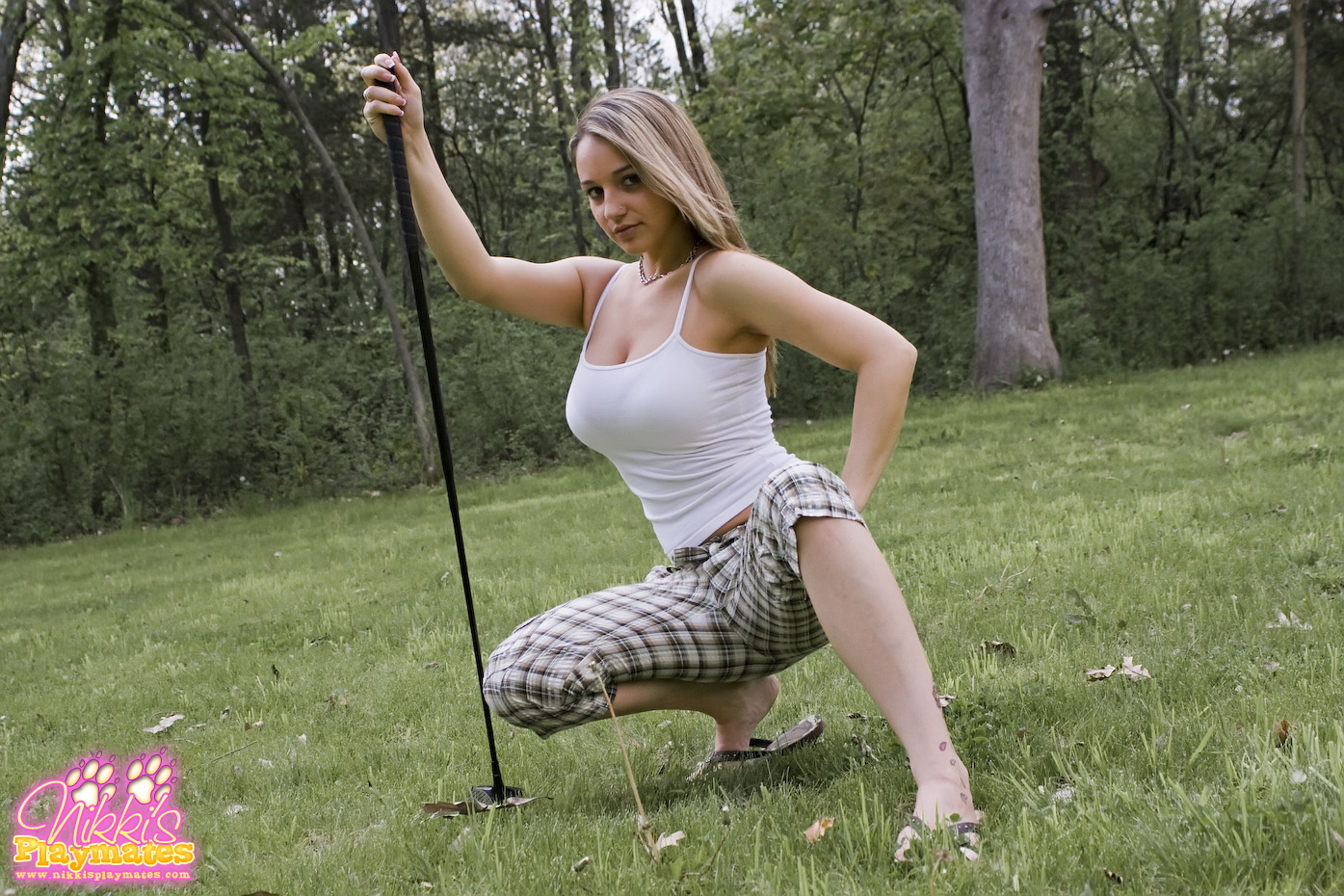 Porn gurls playing golf
