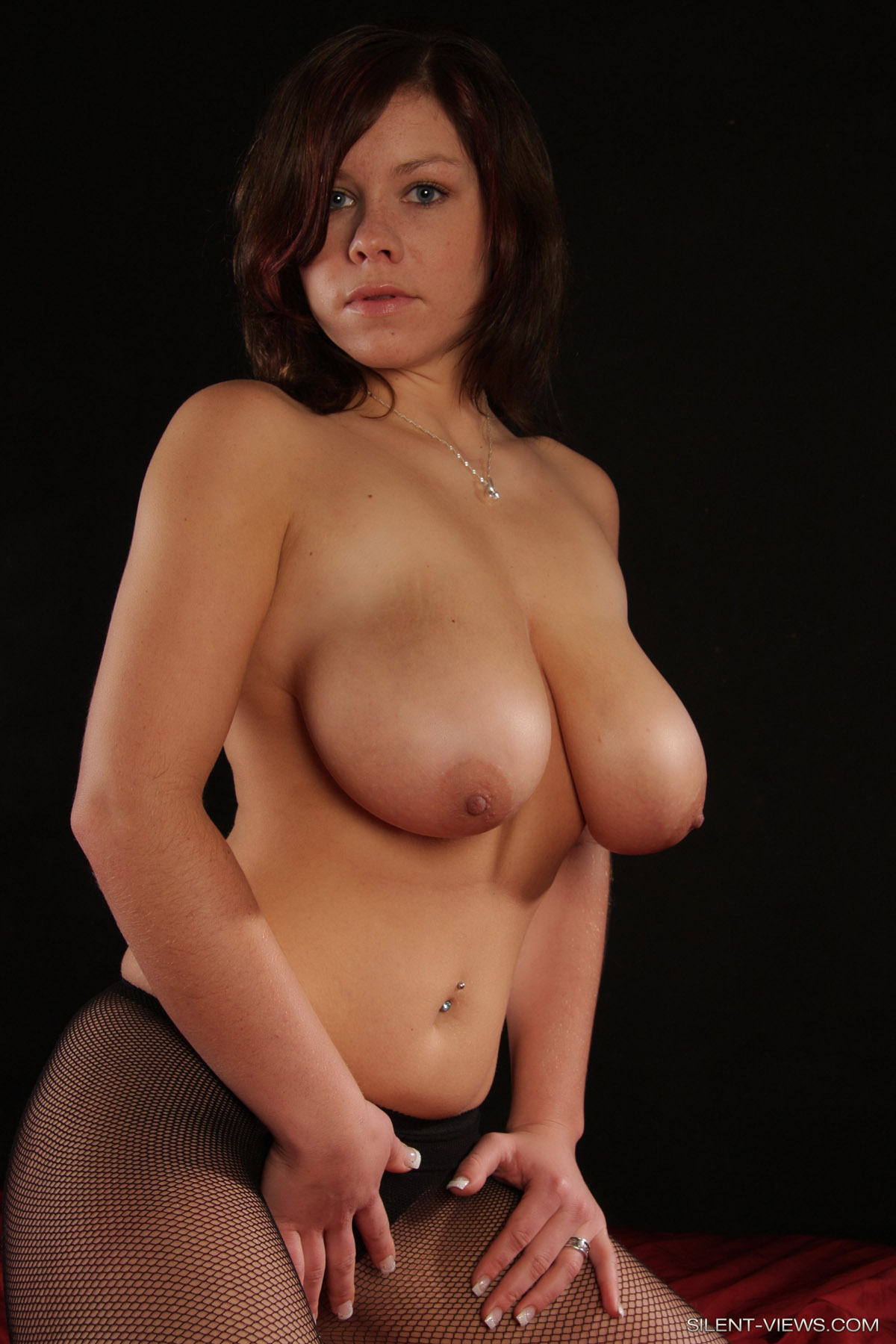 Free hot naked females having sex pictures