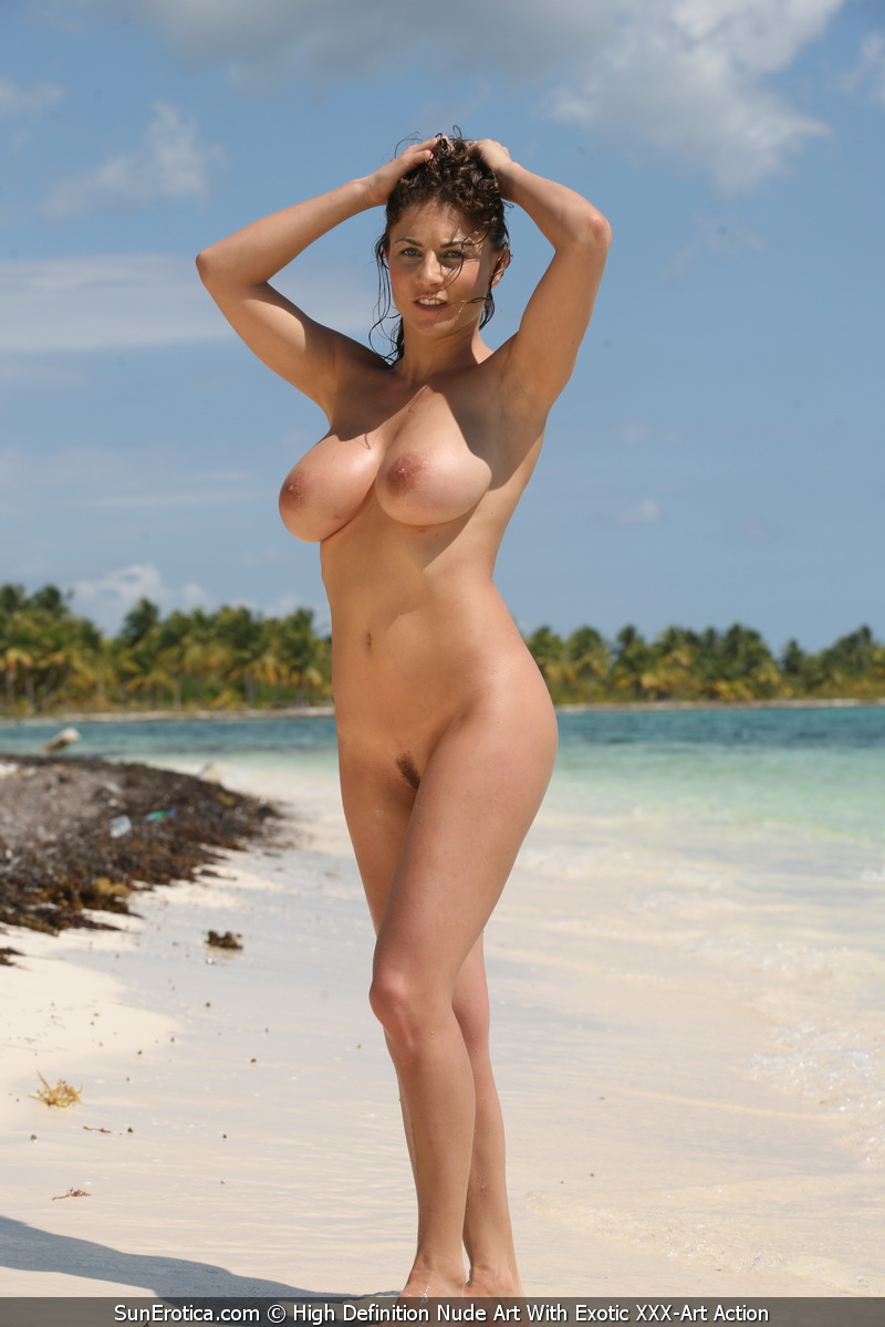 busty women on the beach