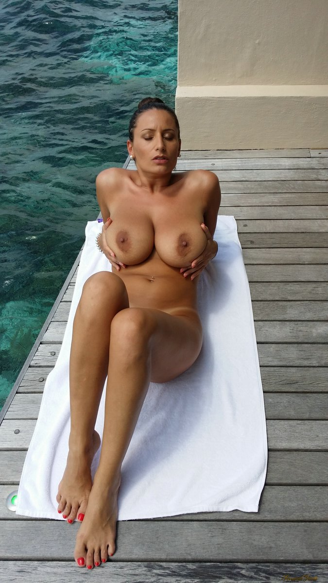 Perfect fucking on holiday with amazing girlfriend 9