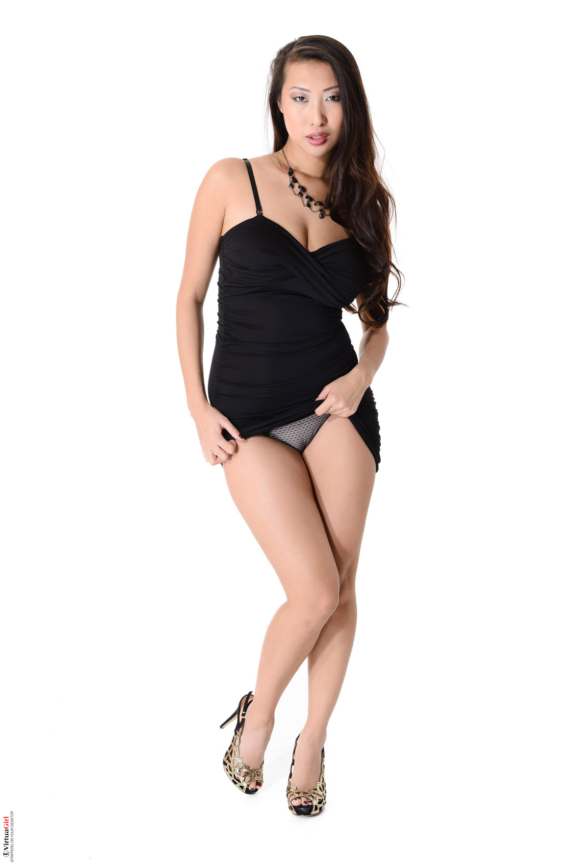 Click here to see more Sharon Lee @ Virtua Girl: www.foxhq.com/sharon-lee-black-dress-beauty