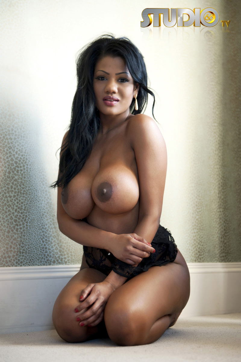 Sexy latinas with big boobs — pic 4