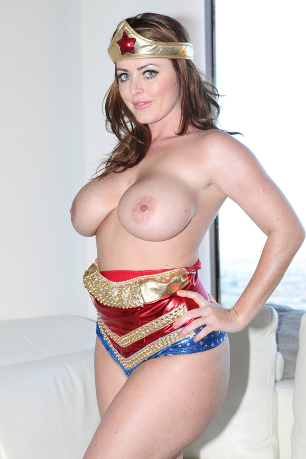 Sophie dee wonder woman