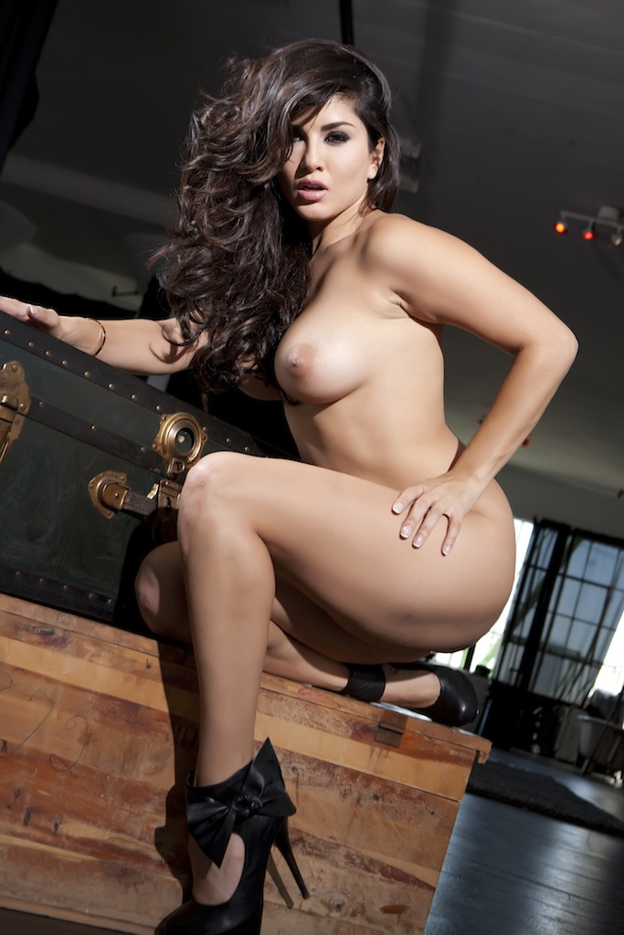 Sunny leone latest nude pictures