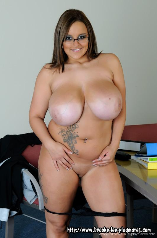 Nude jane size plus terri model