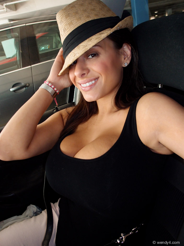 Wendy Fiore Candid