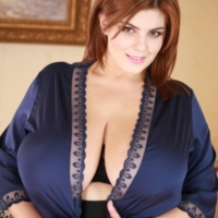 Xenia Wood Video